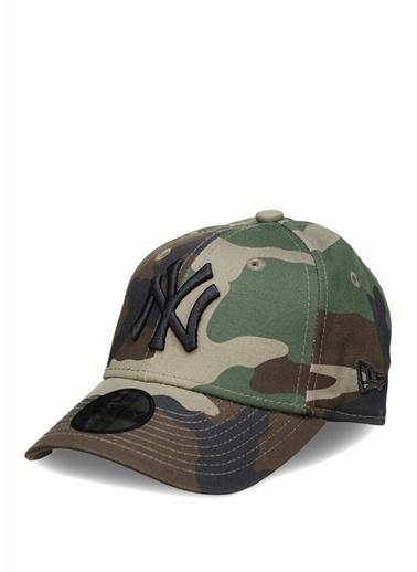 New Era New Era 9Forty Kamuflajlı Logo Nakışlı Unisex Çocuk Şapka 101470224 Yeşil